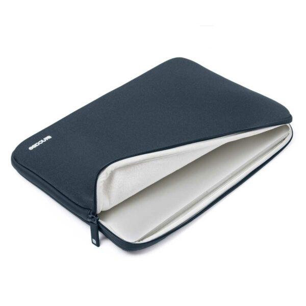 incase-sleeve-4